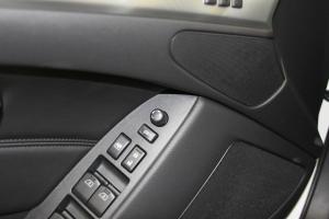Q60车窗升降键
