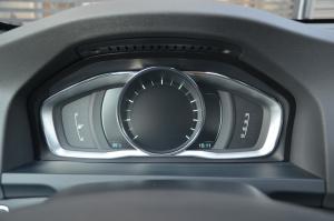 进口沃尔沃S60 仪表盘背光显示