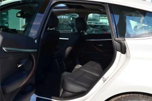 宝马3系GT后排空间图片