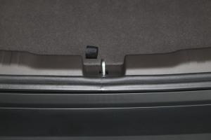 本田CR-V 空间-彩晶黑