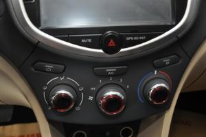 和悦A30 中控台空调控制键