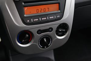 中华豚 中控台空调控制键