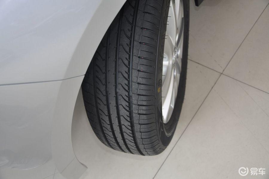mt轮胎花纹汽车图片-汽车