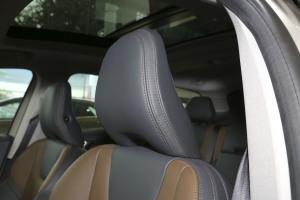 沃尔沃XC60(进口)驾驶员头枕图片