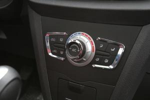 力帆X50 中控台空调控制键