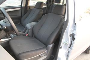 五十铃D-MAX 驾驶员座椅