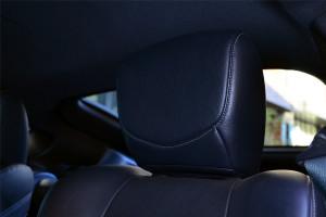日产370Z驾驶员头枕图片