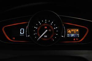 荣威550仪表盘背光显示图片