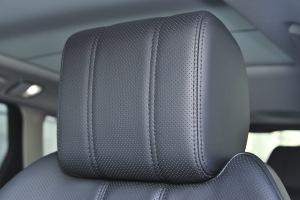 揽胜运动版驾驶员头枕图片