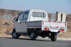 东风小康K02 后45度(车头向左)