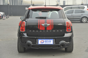 MINI COUNTRYMAN JCW 正车尾