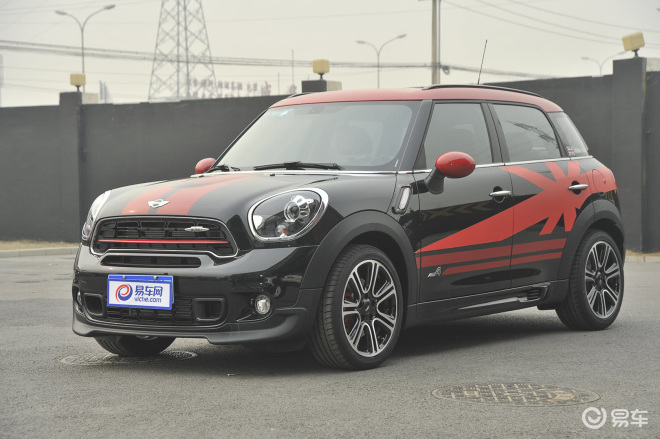 MINI COUNTRYMAN JCW 外观