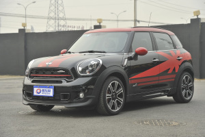 MINI COUNTRYMAN JCW 前45度(车头向左�Q�