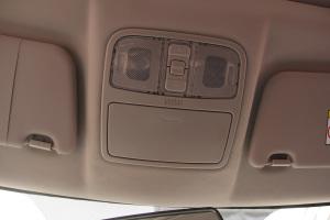 CS35前排车顶中央控制区