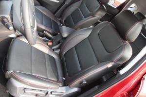 长安CS35驾驶员座椅图片