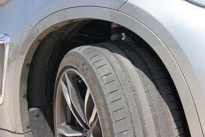 进口宝马X6 M 轮胎花纹