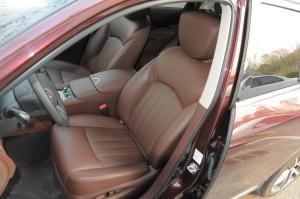英菲尼迪QX50驾驶员座椅图片