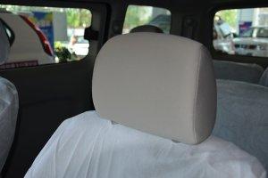 日产NV200 驾驶员头枕