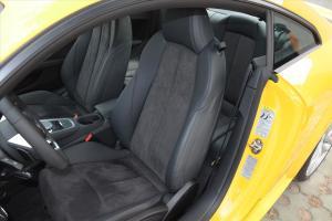 奥迪TT驾驶员座椅图片