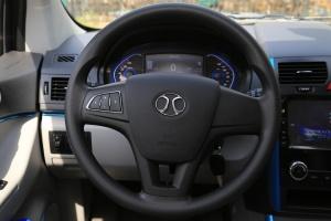 北汽EV系列方向盘图片