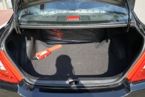 比亚迪F3 行李箱空间
