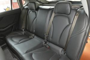 V6菱仕后排座椅图片