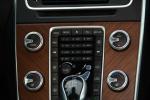 沃尔沃S60L中控台空调控制键图片