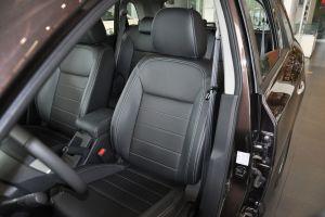 科雷傲驾驶员座椅图片