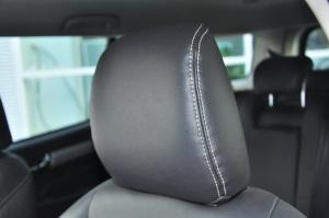 mu-X驾驶员头枕图片