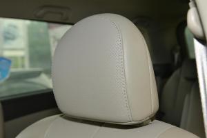 比亚迪M6                驾驶员头枕