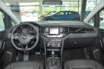 大众Sportsvan完整内饰(中间位置)图片