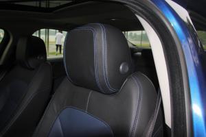 捷豹XE驾驶员头枕图片