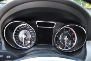 奔驰GLA级AMG仪表 图片
