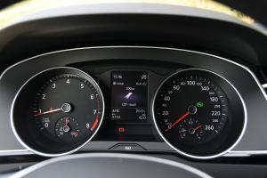 迈腾旅行轿车仪表 图片