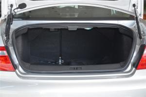 路盛E70行李箱空间图片