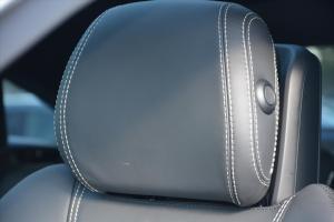 奔驰GLE级AMG运动SUV(进口)驾驶员头枕图片