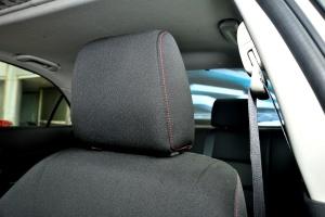 马自达6驾驶员头枕图片