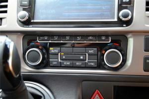 长久凯路威 中控台空调控制键