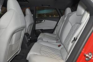 进口奥迪S7 后排空间