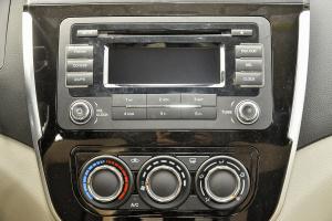 景逸X3中控台音响控制键