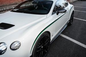欧陆2014款 GT3-R 4.0L V8