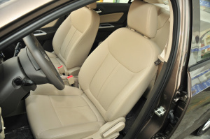 宝骏330 驾驶员座椅