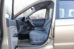 福瑞达M50前排空间图片