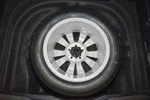 Golf旅行轿车 备胎