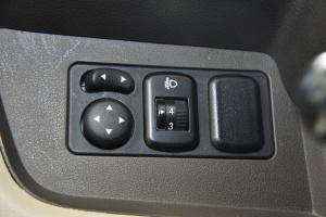 外后视镜控制键