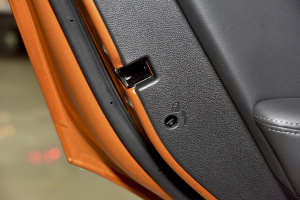 ix252014款 1.6L DLX AT 自动尊贵型 外观活力橙 内饰黑色