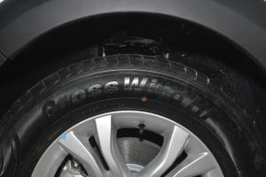 景逸X32016款 1.5L MT 舒适型 外观珍珠白 内饰黑色/灰色