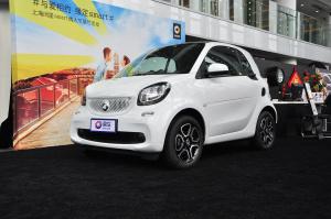 smart fortwo 2016款 0.9T 双离合 硬顶先锋版