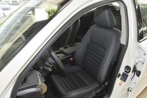 雷克萨斯IS               驾驶员座椅