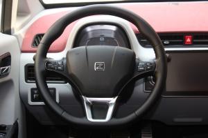众泰E200方向盘图片